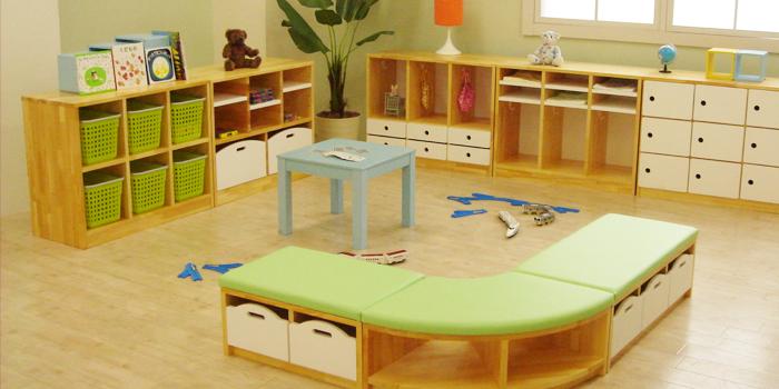 保育・幼稚園家具